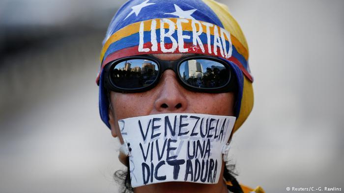 venezuela protestor